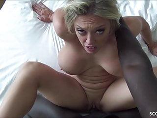 porno fotka - Hardcore;Top Rated;Creampie;Interracial;MILF;German;Big Natural Tits;Saggy Tits;Big Tits;Big Cock;Porn for Women
