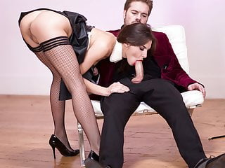 porno fotka - Blowjob;Brunette;Cumshot;Hardcore;Latex;Lingerie;HD Videos;European