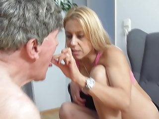 porno fotka - BDSM;Femdom;HD Videos;Mistress;Slave;Fetishes;Domination;Humiliation;Femdom Austria;Pissing