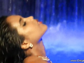porno fotka - Asian;Interracial;MILF;Softcore;HD Videos;Striptease;Dance;Bollywood Nudes HD;Light;Water