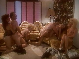 porno fotka - Blowjob;Group Sex;Small Tits;Big Natural Tits;Eating Pussy;Threesome;Retro;80s;American;American Vintage;Vintage Retro;Usa;1988;Vintage 80s;80s Retro