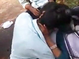 porno fotka - Amateur;Indian;Outdoor;Student;Schoolgirl (18+);Public Schoolgirl (18+);Telangana