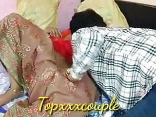 porno fotka - Cuckold;Indian;Wife;Wife Sharing;Clothed;Red;Maine