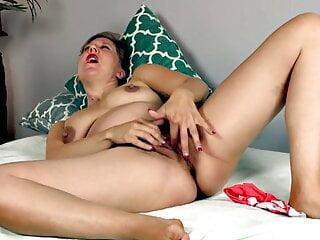 porno fotka - Fingering;Hairy;Pregnant;HD Videos;Girl Masturbating