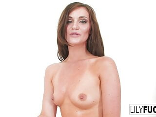 porno fotka - Babe;Brunette;Hardcore;HD Videos;Small Boobs;Pussies;Wet Pussy;Wet;Asshole Closeup;Lily Carter;Lily