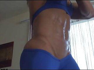 porno fotka - Brunette;Romanian;Muscular Woman;Sexy;European;Hottest;Hot Oil;Alina;Muscle Women;FBB Domination