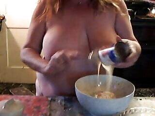 porno fotka - Mature;Public Nudity;Tits;Big Natural Tits;Nudist;American