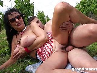 porno fotka - Blowjob;Brunette;Mature;Public Nudity;HD Videos;Hd Creampie;Creampie Twice;Mom;Black Creampie;Creampi;Vineyard