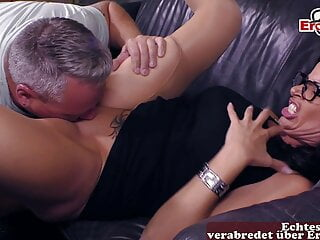 porno fotka - Amateur;Brunette;Mature;MILF;Threesomes;German;HD Videos;Casting;Housewife;Wife;Wife Sharing;Threesome;Couples;Teaching;Hausfrau;Mature Couple;German MILF;Mature Threesome;German Casting;Real Mature Couple;EroCom