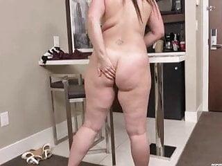 porno fotka - BBW;Fingering;Orgasm;Big Natural Tits;Chubby;Big Tits;Big Ass;Girl Masturbating;Fingered;Chubby Fingers;Chubby Fingering;BBW Fingering;BBW Finger